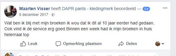 Tevreden klant Maarten zegt dat hij wenst dat hij deze aangepaste broek 10 jaar geleden al aangeschaft had. Verder vindt hij de service van DAPR ook erg goed.