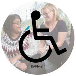Zit je in een rolstoel? Dan past DAPR-zit goed bij jou. De rolstoelbroek die je comfort biedt en stijl. Fijn dat de broek niet knelt om de buik. Het materiaal is zacht en soepel en lichaamswarmte wordt goed afgevoerd. De broeken zijn slijtvast en kunnen dagelijks gewassen worden. Het is een optie om ritsen toe te voegen. Daardoor wordt het makkelijker om incontinentiemateriaal te controleren of om naar de wc te gaan.